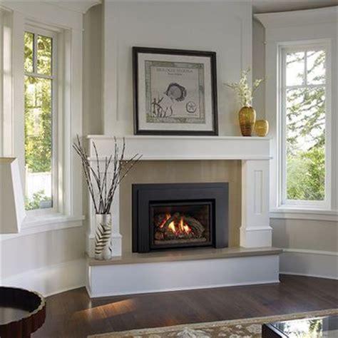 Best 25  Corner fireplaces ideas on Pinterest   Basement