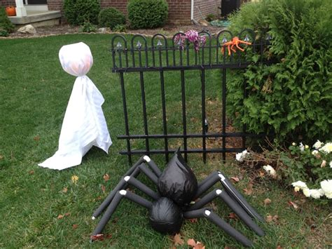 home made halloween decorations 25 homemade outdoor halloween decorations ideas magment