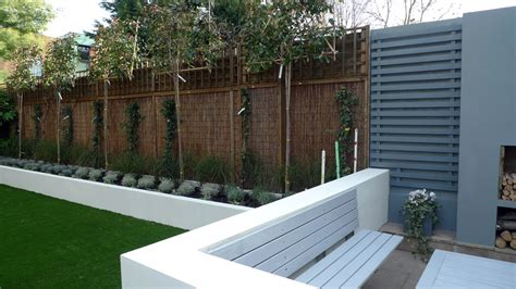 modern garden wall modern low maintenance minimalist garden design idea