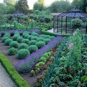 eat with me the world s most edible gardens