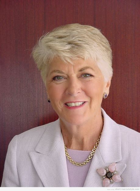 grandmothers hair style best short haircuts for grandma short hairstyle 2013