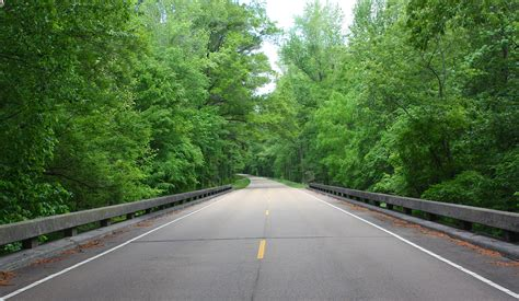 The Trace the natchez trace parkway iowa on the go