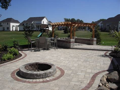 patios and firepits b t klein s landscaping hardscapes firepits