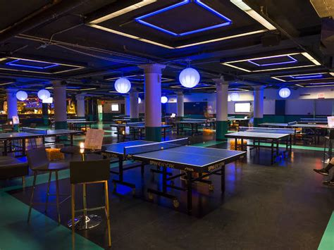 bars with pool tables nyc best bars with in nyc including arcade bars and bowling