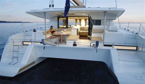 inside a catamaran 1000 images about barcos on pinterest yacht for sale