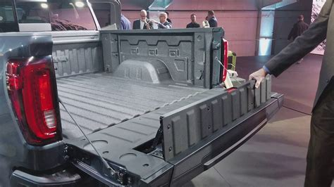 2019 Gmc New Tailgate by 2019 Gmc Multipro Tailgate Demonstration