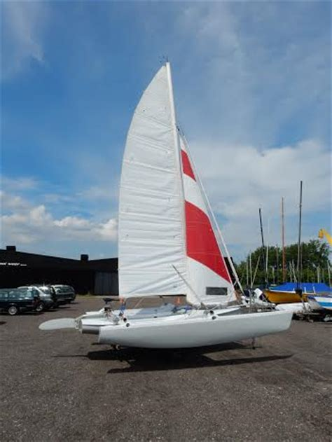trimaran finn cool finn trimaran sailing small trimarans