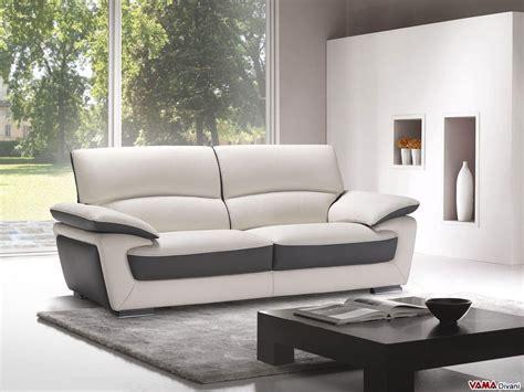 divani schienale alto divano in pelle a due colorazioni con schienale alto