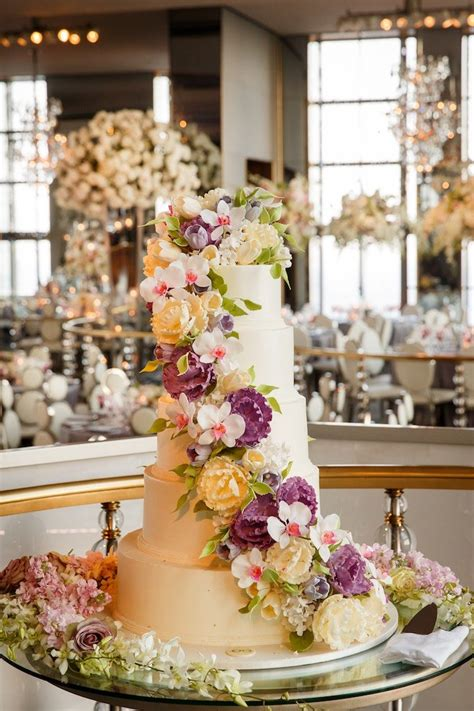 all inclusive wedding new york city gorgeous blooms fill this new york city wedding modwedding