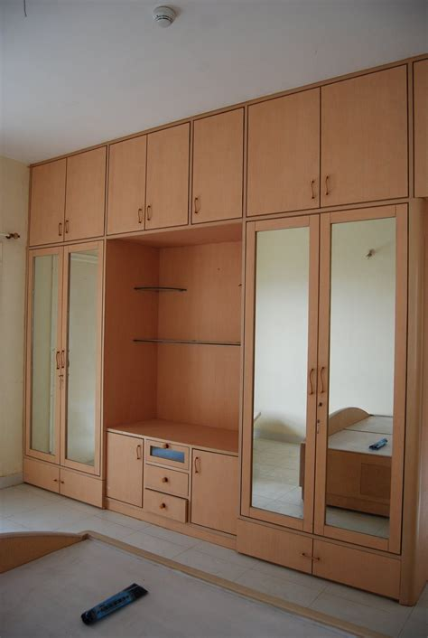 bedroom wardrobe design playwood wadrobe  cabinets