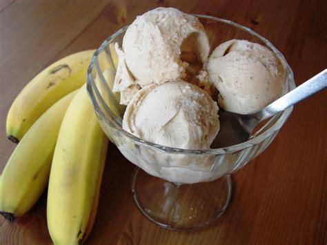 membuat ice cream banana banana ice cream food so good mall