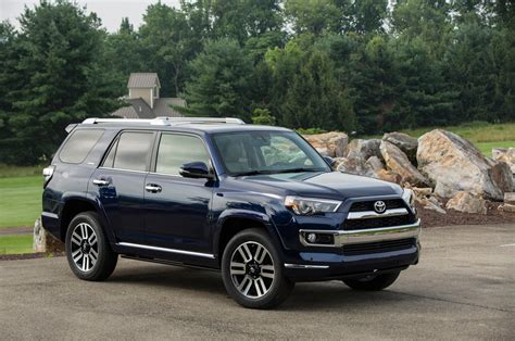Toyota 4 Runner 2014 2014 Toyota 4runner Limited Front Three Quarters View Photo 28