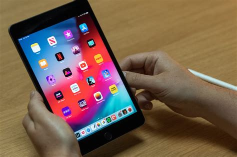ipad mini  review  mighty mini tablet trusted reviews