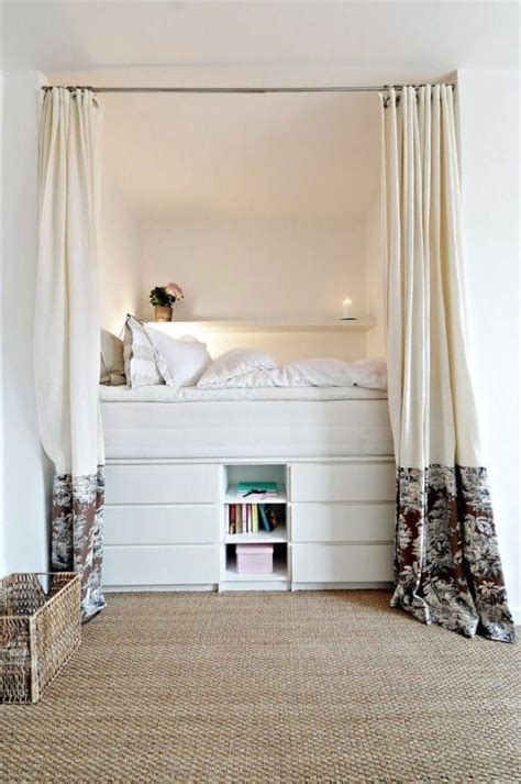 ideas for alcoves in bedroom best 20 tiny bedrooms ideas on pinterest bed curtains