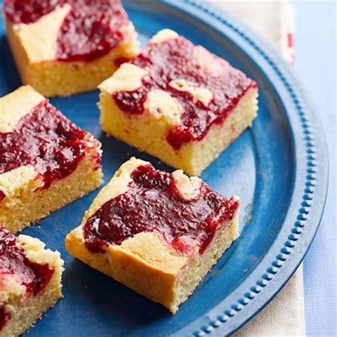 raspberry recipes 30 mouthwatering raspberry dessert recipes midwest living