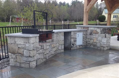Outdoor Kitchen With Wood Grill Rustic Landscape