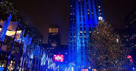 the rockefeller center christmas tree 2016 photos