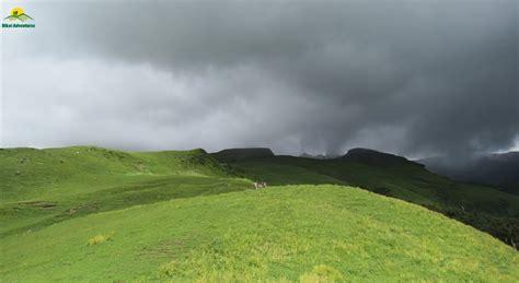 bhrigu lake trek weekend trek  manali bikat adventures