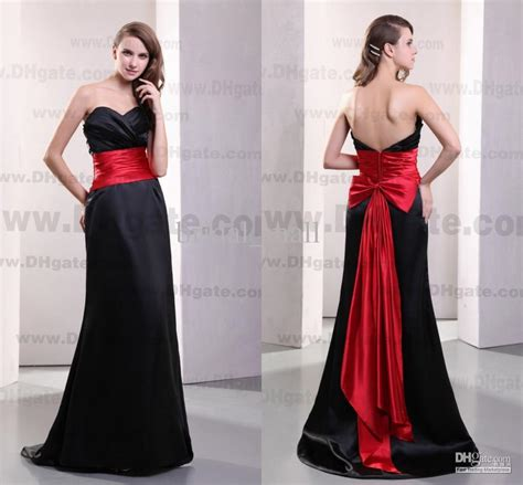 Red and Black Bridesmaid Dresses: Unique and Elegant