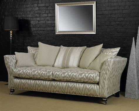 peter guild sofas heritage sofas 187 the francesca