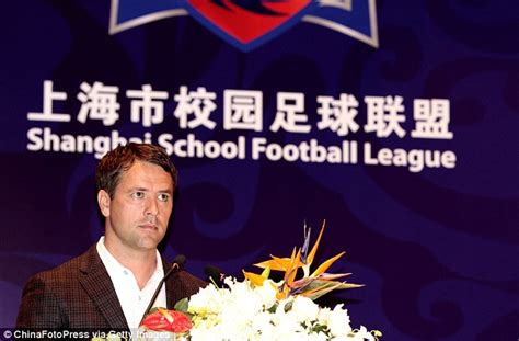 film china football michael owen watches his eighth ever film on flight home