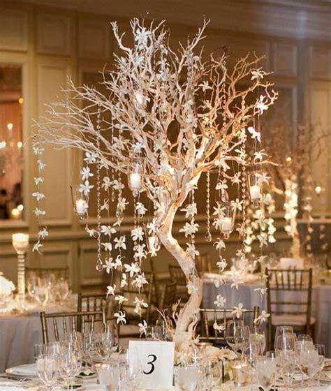 25 Breathtaking Christmas Wedding Ideas   Winter Weddings