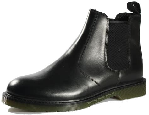 mens black leather boots oaktrak winterhill black leather chelsea mens boots
