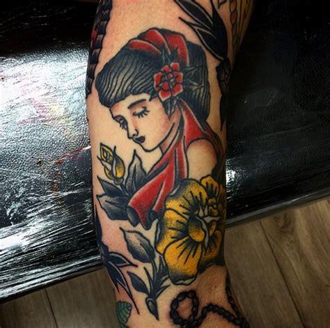 13 tatuadores brasileiros experts em old follow