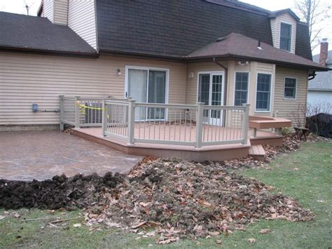 composite decking vinyl rails and colored sted