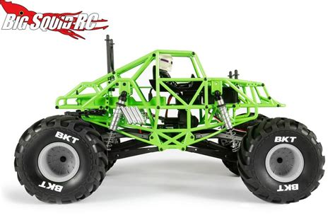 rc grave digger monster truck axial smt10 grave digger monster jam truck with video