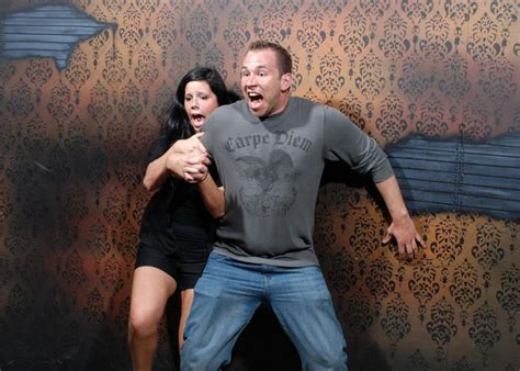 haunted house funny pictures a very scary haunted house