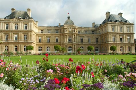 spend your european vacations in luxembourg gardens