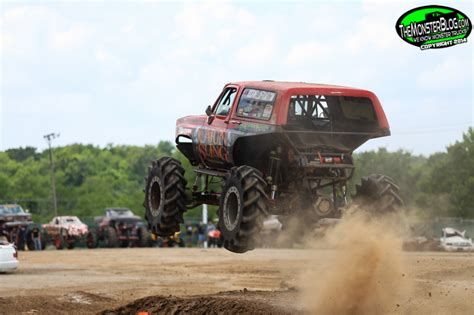 monster truck show springfield mo themonsterblog com we know monster trucks monster