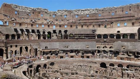 colosseo interno il colosseo l interno dell anfiteatro bild