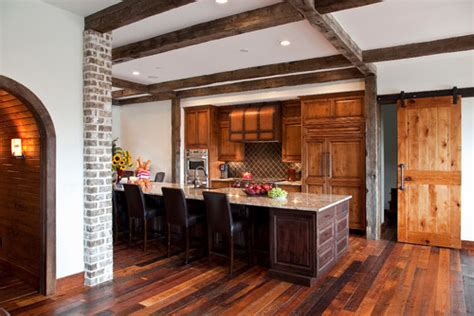 rustic  chic  kitchens  barn door accents