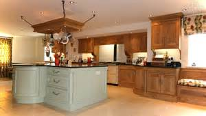 Fitted Kitchen Cabinets Bespoke Fitted Kitchens Free Standing Kitchens Salcey