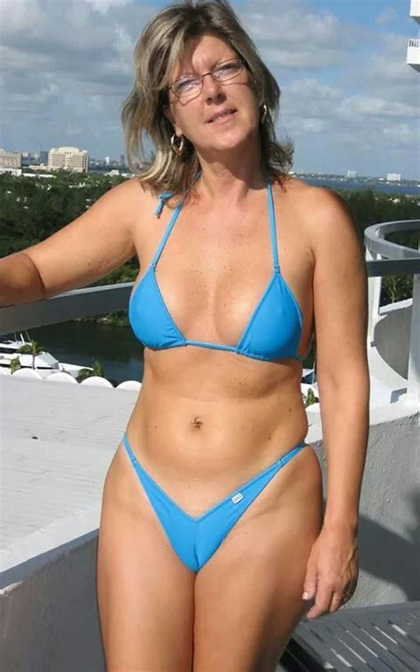 mature women in bathing suits yum yum yummy yum yum a real woman tongue smacking good