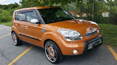 Orange Kia Soul More Bling And Chrome Accents For Hiram S Kia Soul Kia