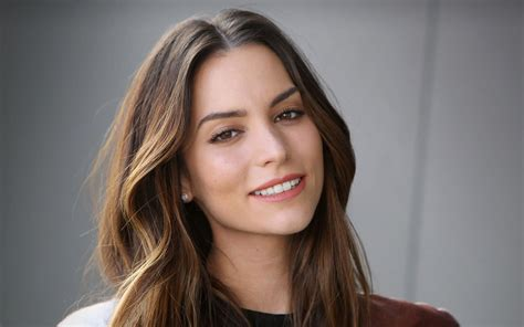 genesis rodriguez wallpapers hd images  pictures high