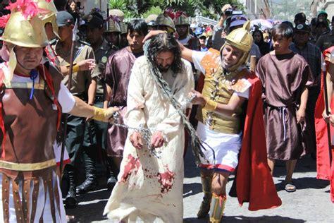 vida pasin y muerte actores representan en vivo la pasi 243 n muerte y resurrecci 243 n de jesucristo fotos foto 1 de