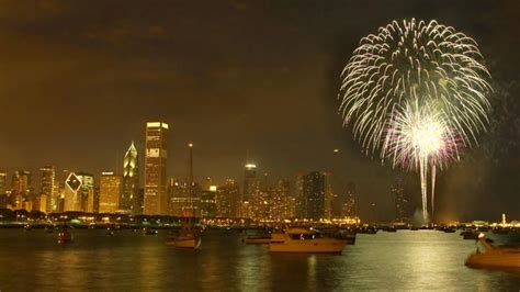 parades fireworks mark fourth  july  chicago area