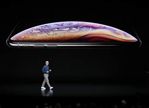how to pronounce the apple iphone xs and xr time