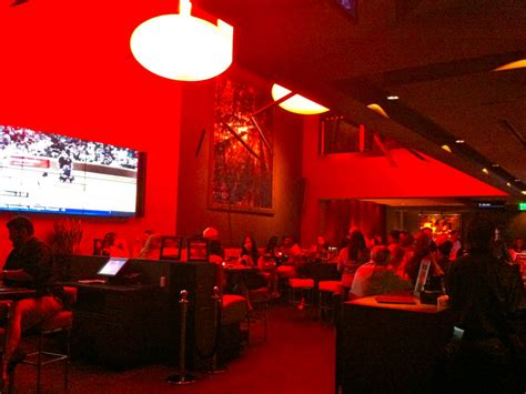 pasadena movie theater with couches ipic s salt lounge hosting sports viewing nfl kick off