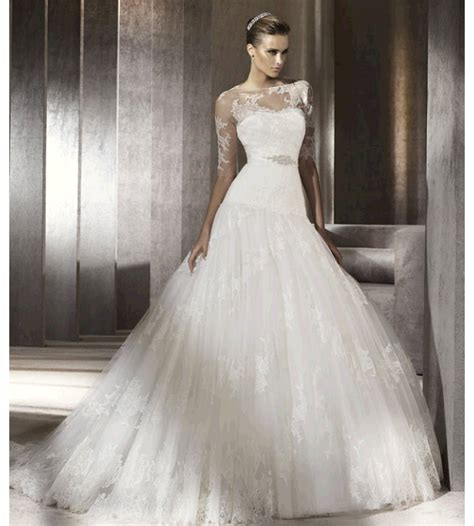 Wedding Dresses Lacy by A Peep At Wedding Dresses Make Up
