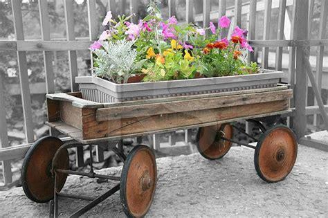 Wagon Planters by Wagon Planter Outdoor Decor