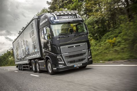 volvo mack dealer first appearance for volvo trucks at ireland s national