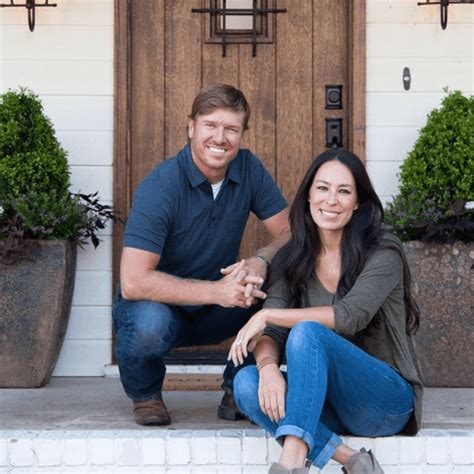 joanna gaines parents 6 word message on chip gaines cup has america ordering it