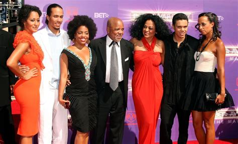 tracee ellis ross ama youtube tracee ellis ross and berry gordy photos photos 2007 bet