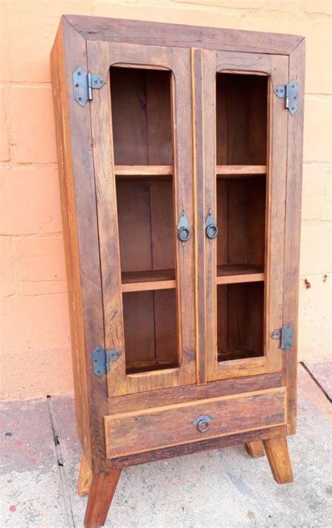 estante para livros rustica estante para sala em madeira demoli 231 227 o armazem barroco