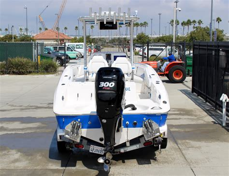 checkmate mid cabin boats for sale checkmate boats for sale boats